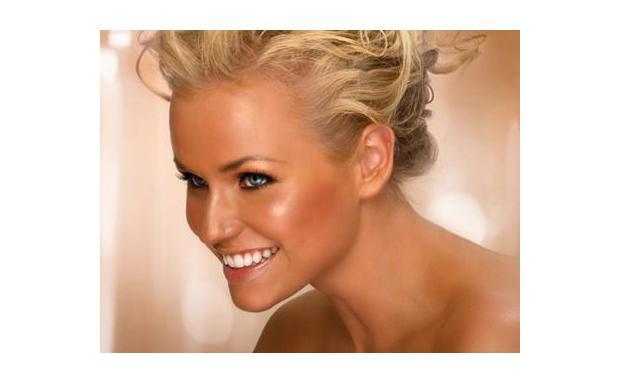 Загорелая блондинка фото