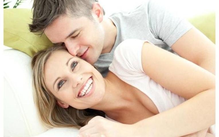 Как сделать приятно женщине с помощью языка