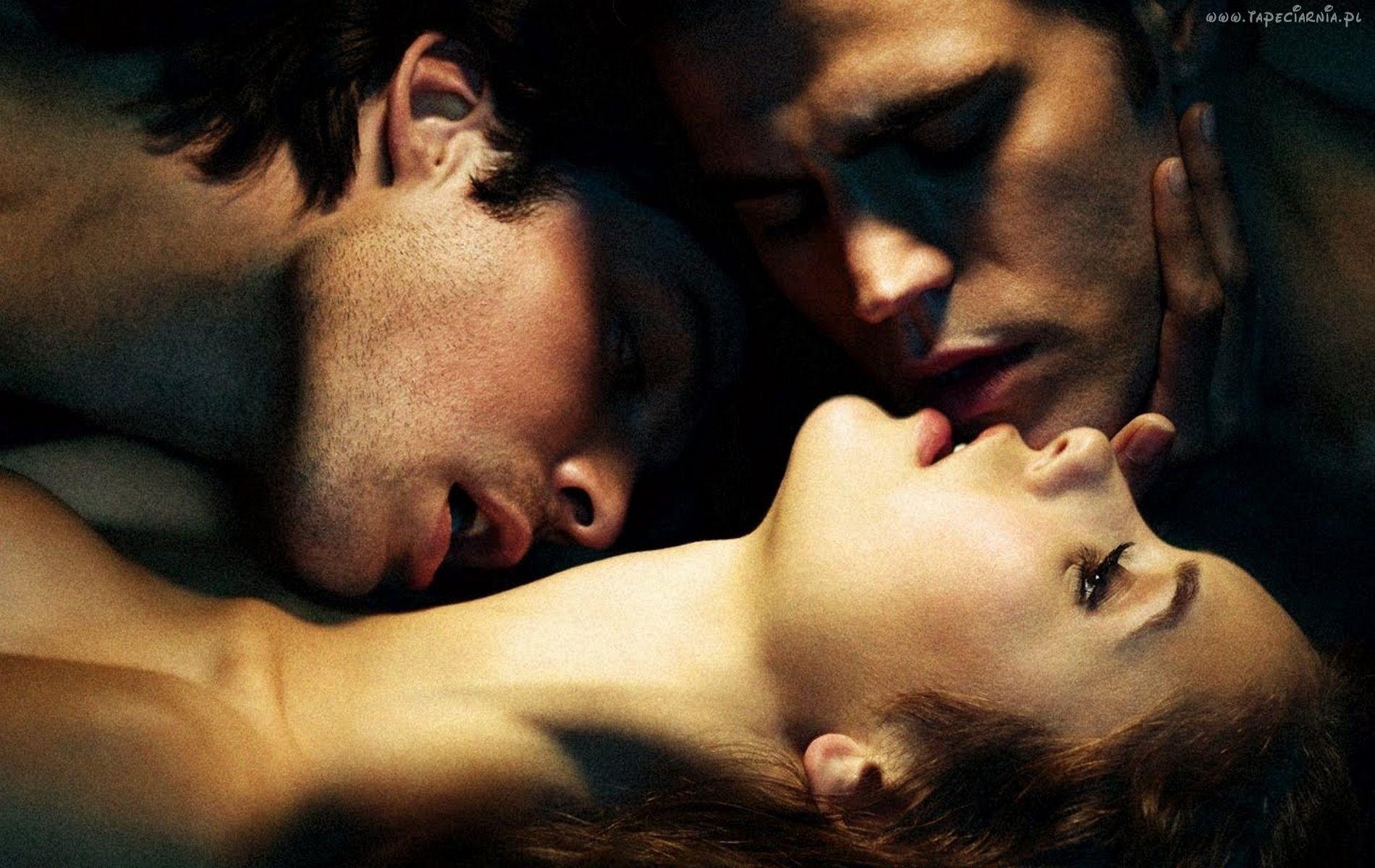 eroticheskie-igri-v-troem