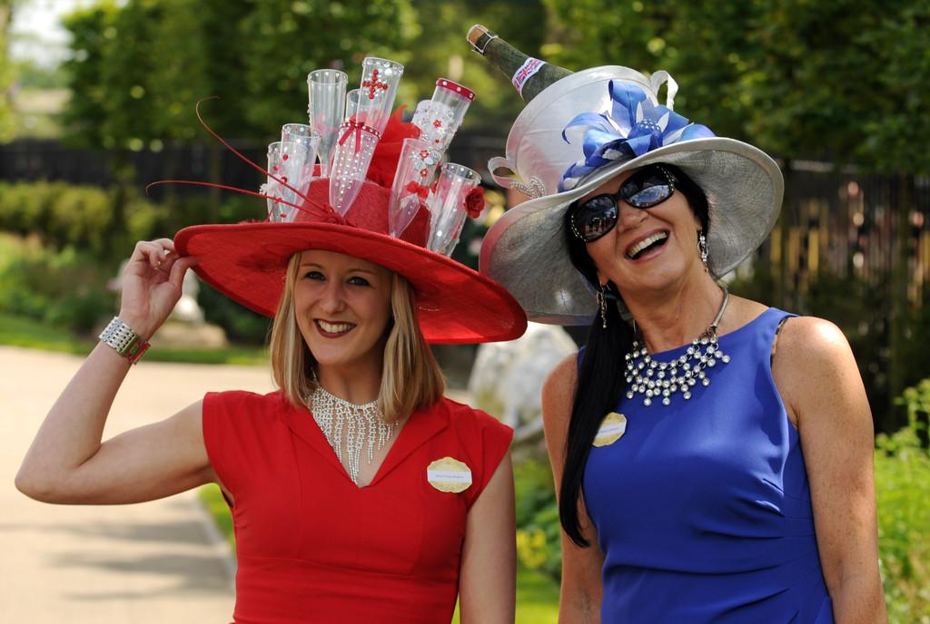 Шляпа конкурс для вечеринки