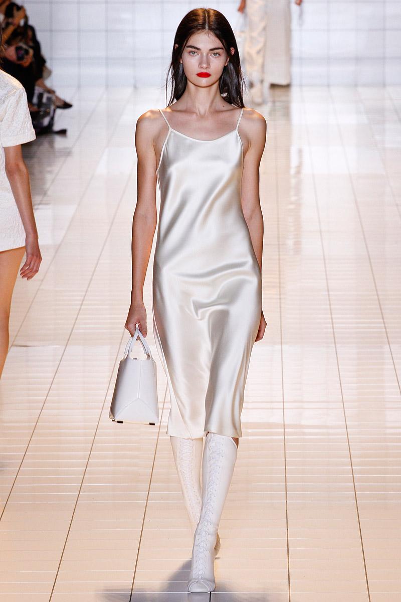 Платье в бельевом стиле своими руками