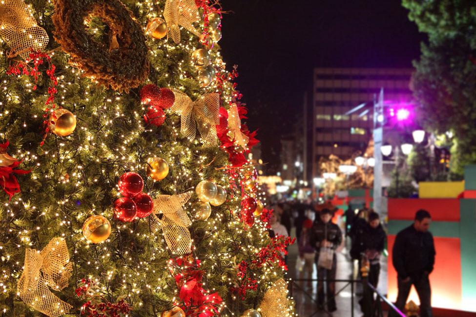 Почему греки отмечают рождество 25 декабря