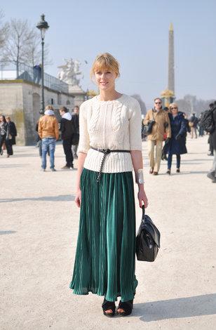 Какую блузку одеть с плиссированной юбкой