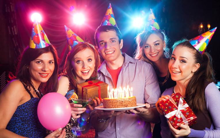 Прикольные сценарии дня рождения для взрослого