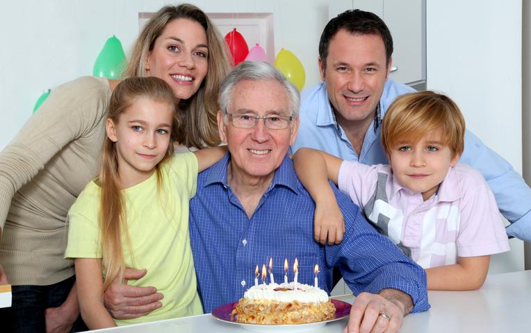 Смотреть секс с дедушкой которому 60 лет