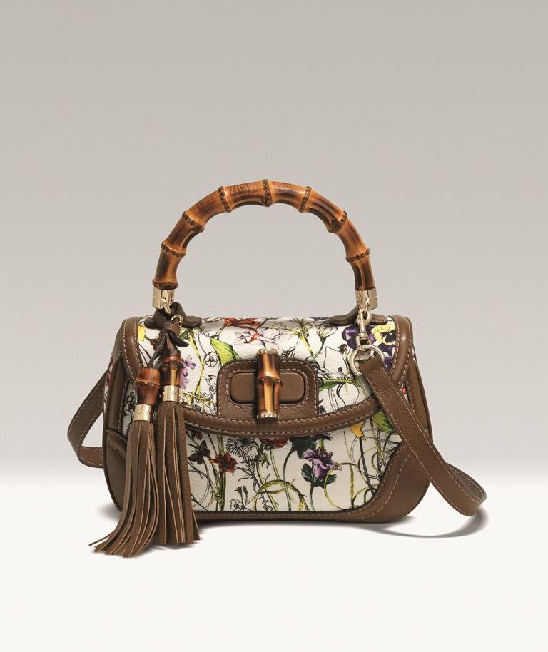 Кожаная сумка Bamboo Classic Blooms от GUCCI с бамбуковой
