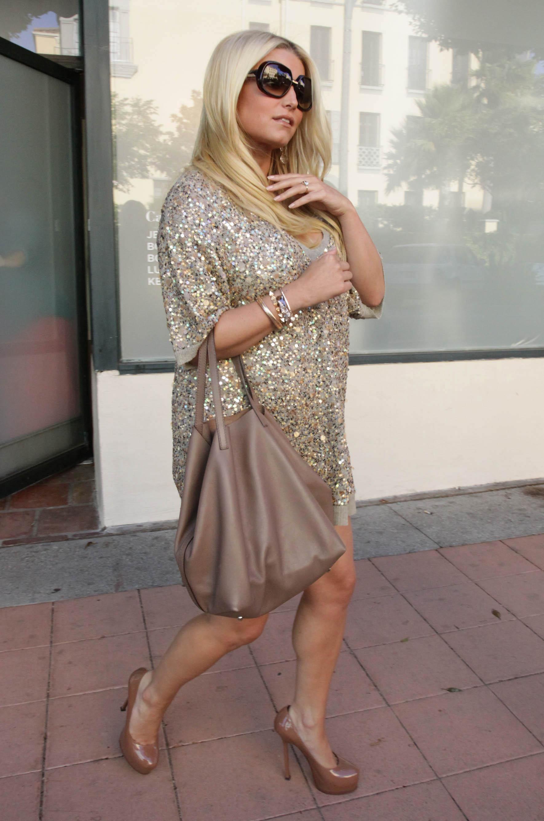 Jessica simpson fashion line sales 19