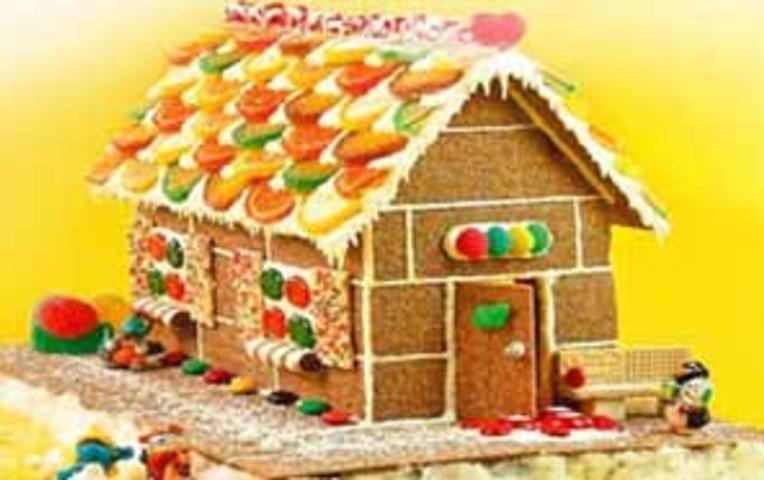 Домик для детского торта