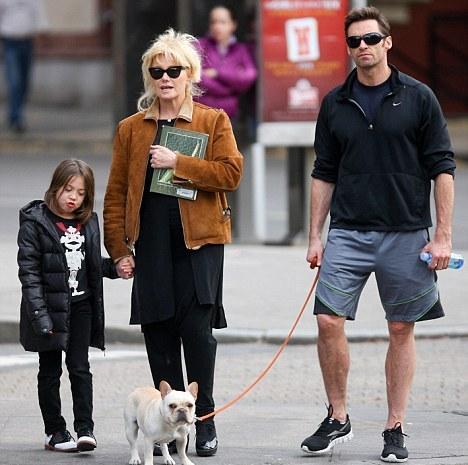 хью джекман с детьми и женой фото