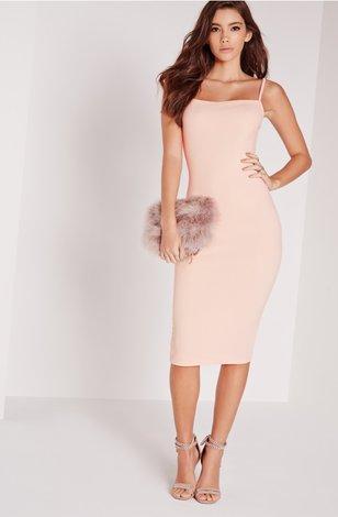 Платья пудровый цвет