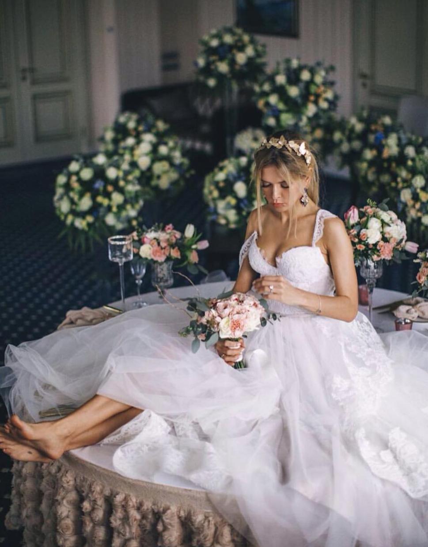 Фото свадебное платье веры брежневой