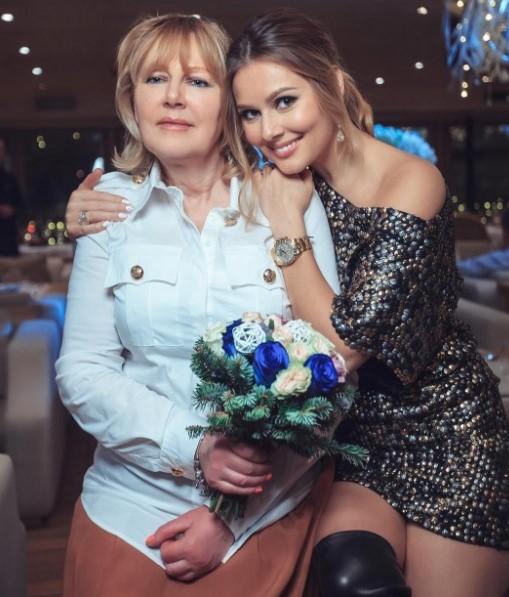 Мария Кожевникова простила отца иподружилась сосвоей меньшей сестрой Катей