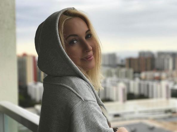 Счастливы совместно: Лера Кудрявцева показала семейную идиллию смолодым мужем
