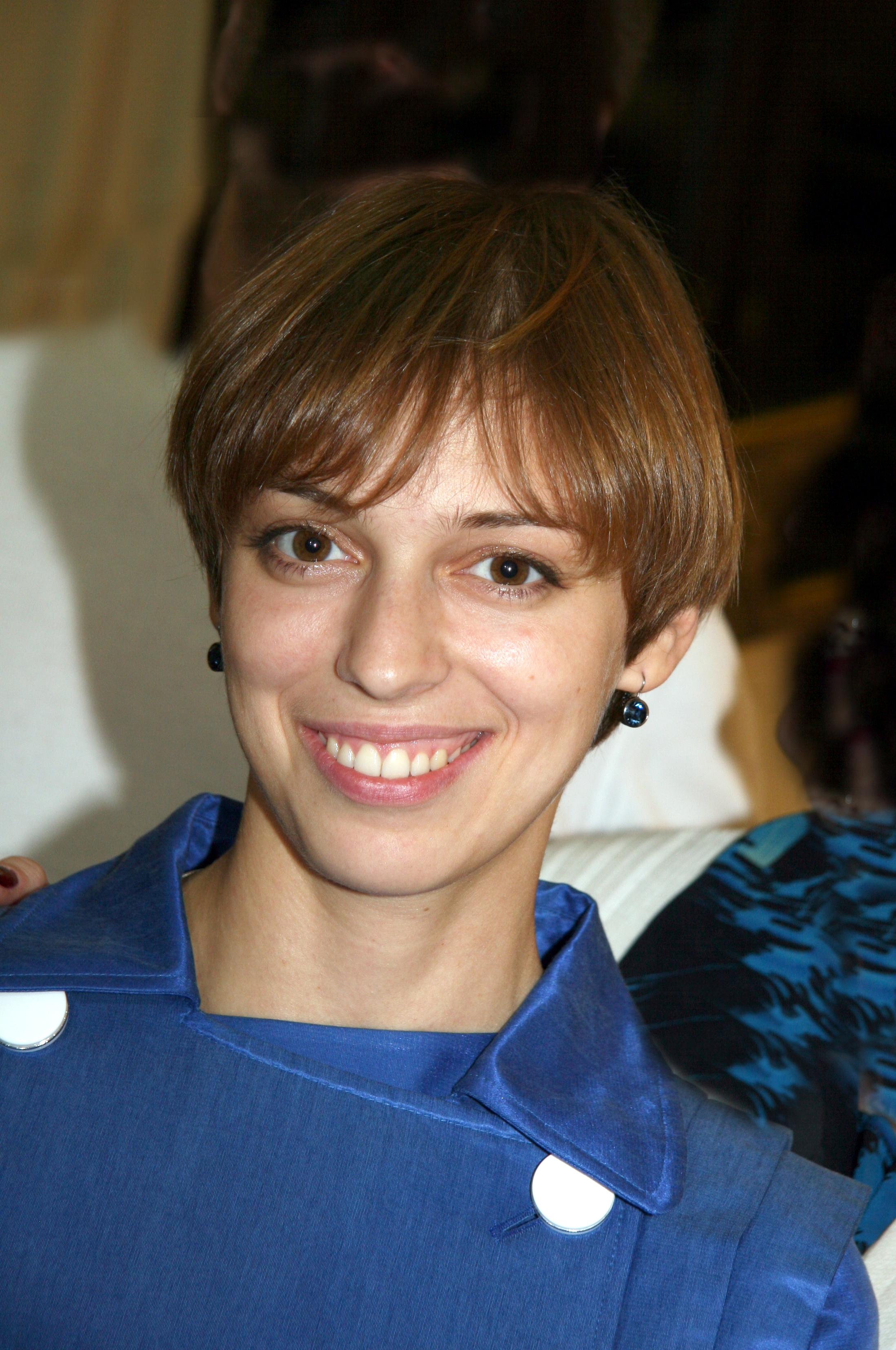Nelli Uvarova hides the father of her child 01/19/2011