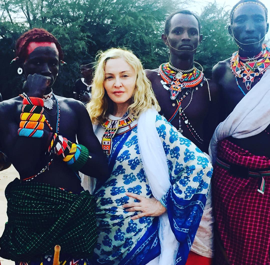 Суд позволил Мадонне усыновить еще 2-х детей изМалави