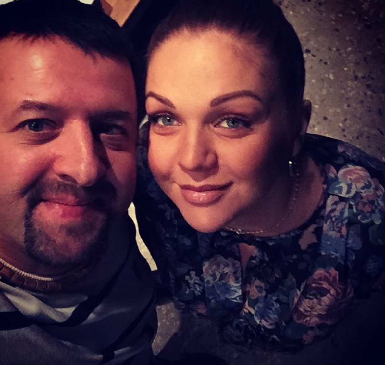 Эстрадная певица Марина Девятова родила дочь