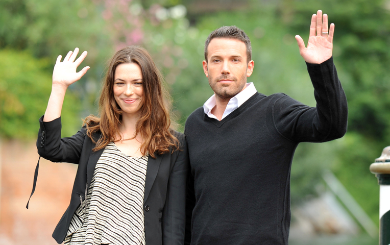 Дженнифер Гарнер официально подала наразвод сБеном Аффлеком