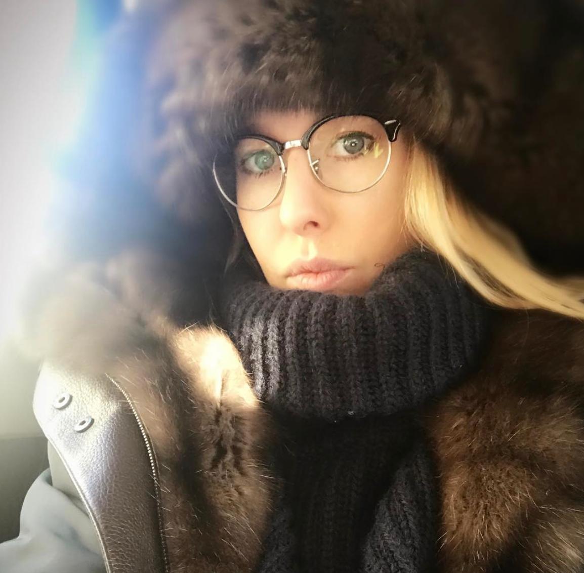Ксения Собчак вызвала вглобальной сети споры своим фото без макияжа