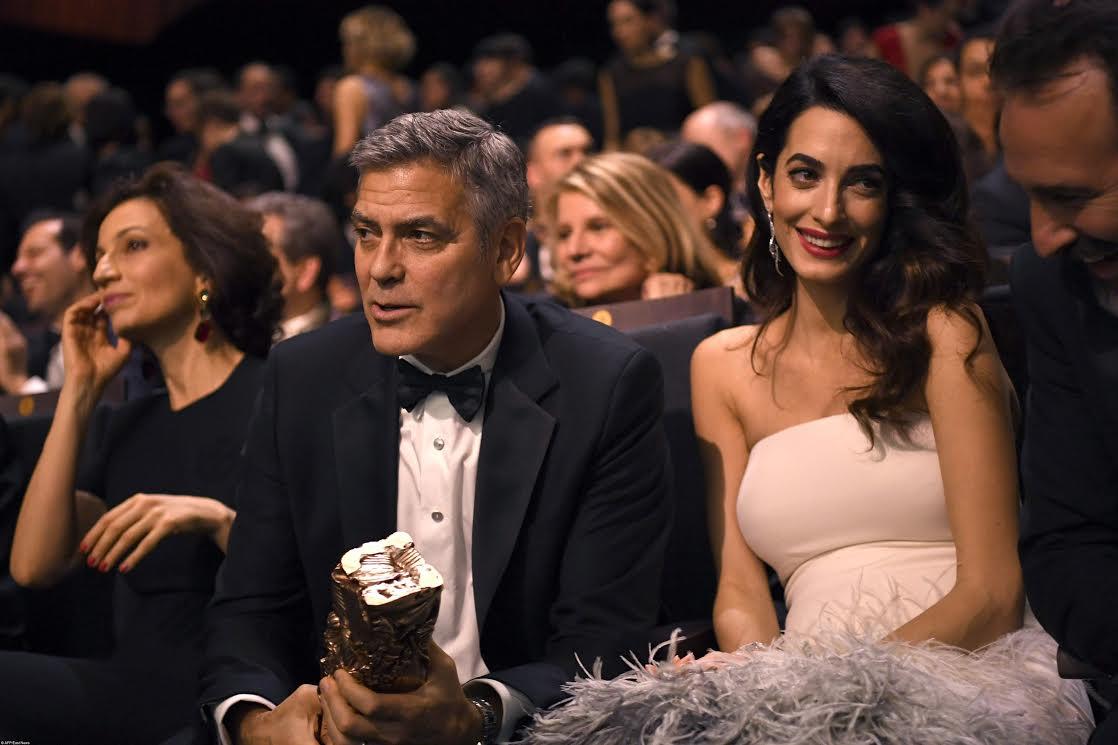 Джордж Клуни ибеременная Амаль Клуни стали звездами красной дорожки премии «Сезар»