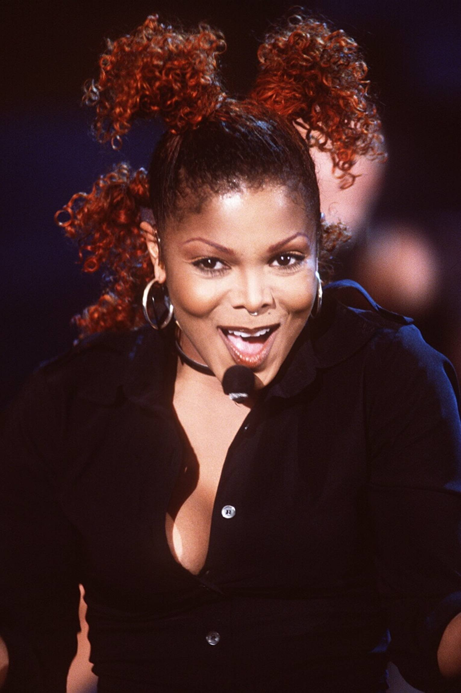 a biography of janet jackson a famous american singer Janet damita jo jackson (born may 16, 1966) is an american singer, songwriter, dancer, and actress a prominent figure in popular culture , she is known for sonically innovative, socially conscious and sexually provocative records, and elaborate stage shows.