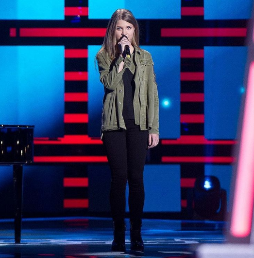 11-летняя эстрадная певица изНальчика покорила жюри проекта «Голос. Дети»