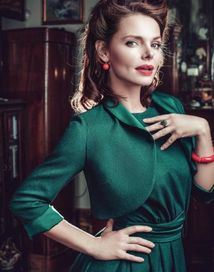 Елизавета Боярская поделилась ссобственными почитателями откровенными фото