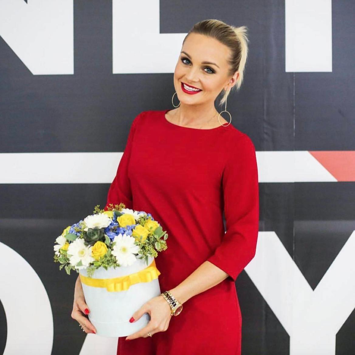 Артист Александр Носик изменил супруге с эстрадной певицей Анастасией Крайновой