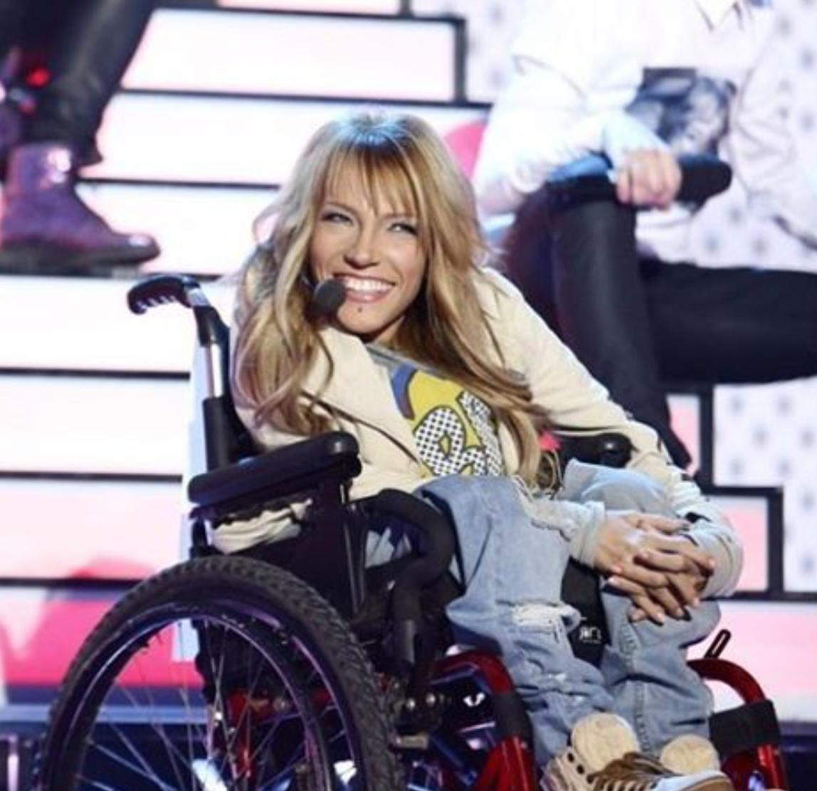 Певица-инвалид Юлия Самойлова может не попасть на ...