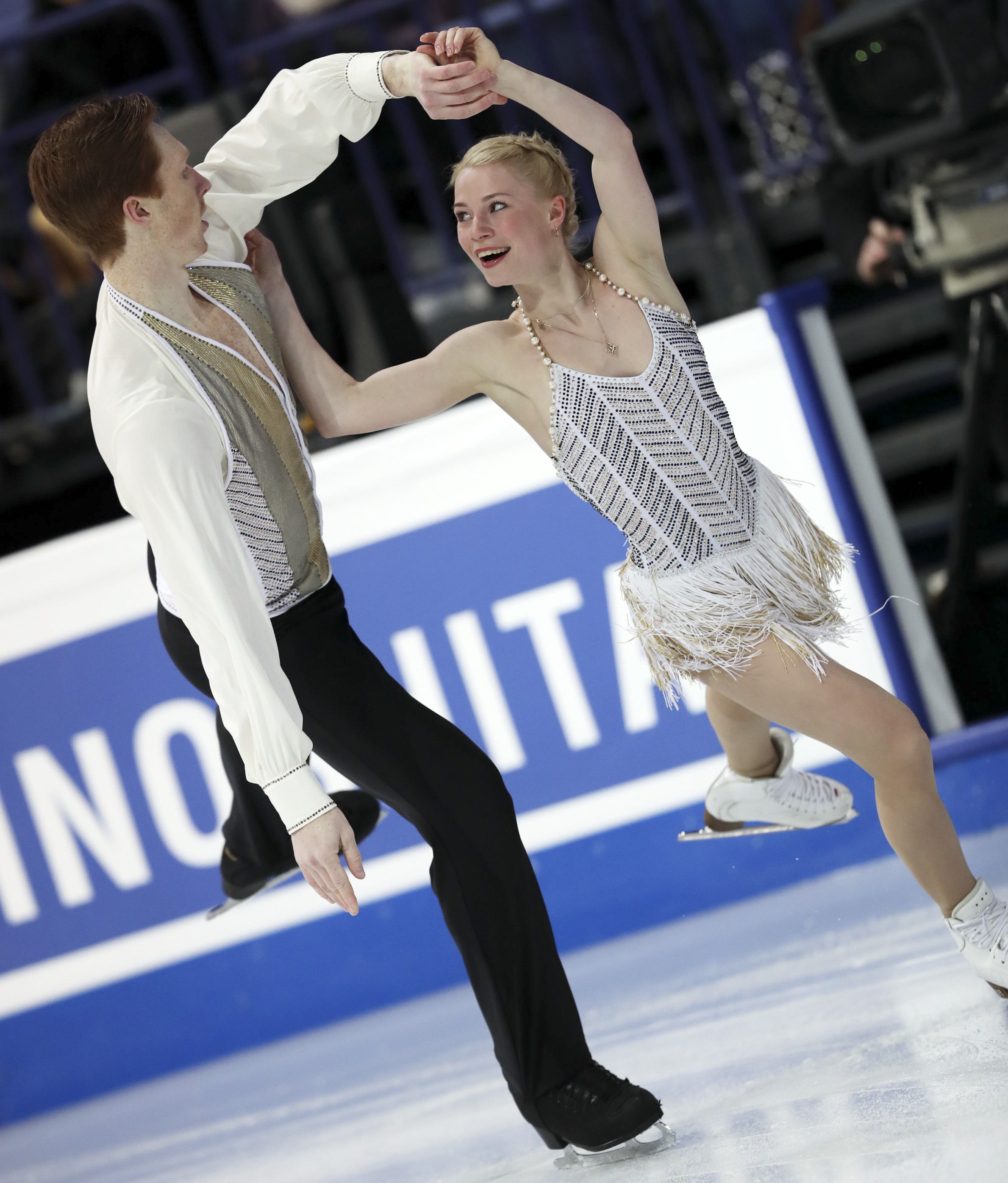 Тарасова иМорозов стали бронзовыми призерами чемпионата мира пофигурному катанию