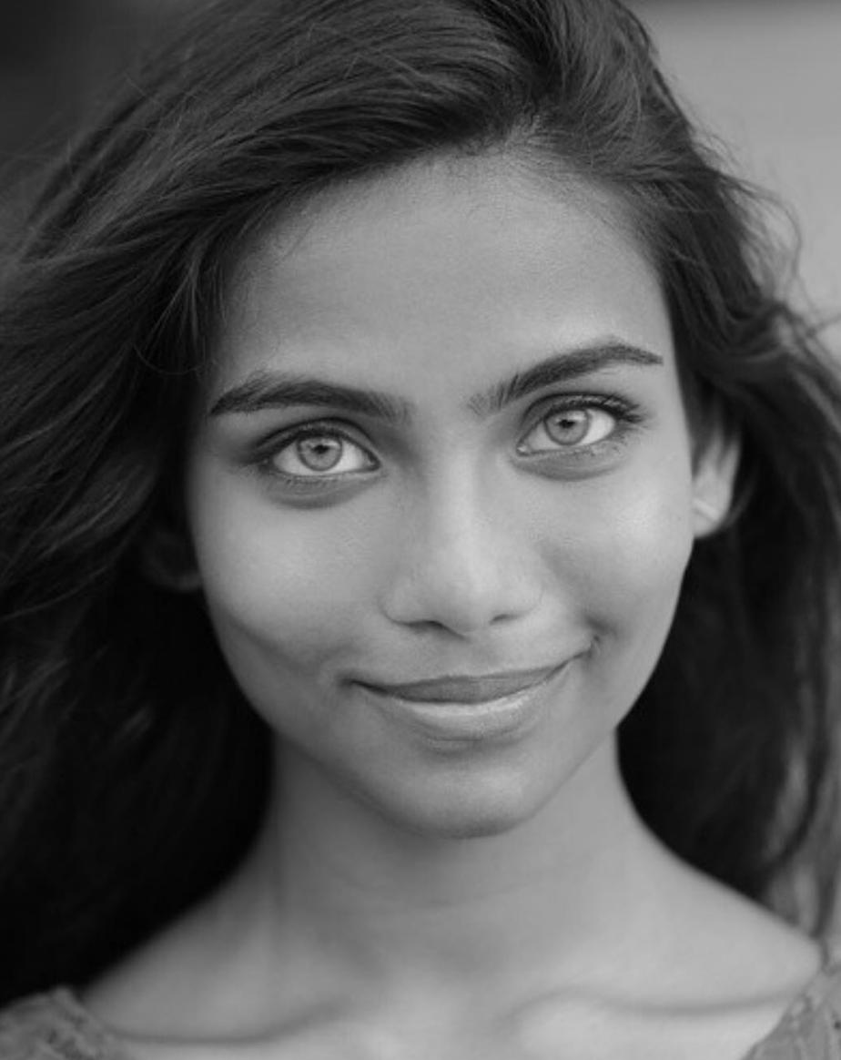 21-летняя модель «ссамыми красивыми глазами» покончила жизнь самоубийством
