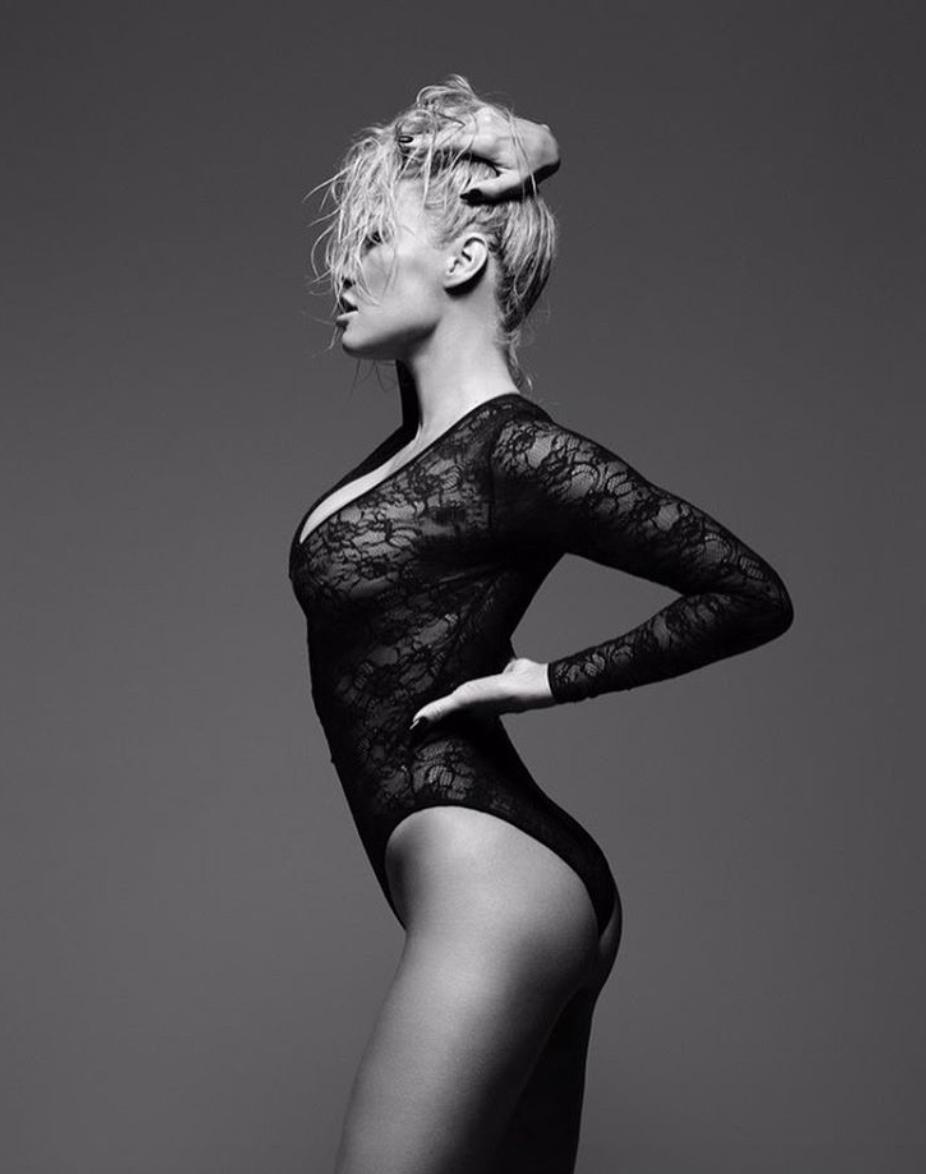 Памела Андерсон в49 лет обнажилась для рекламы нижнего белья