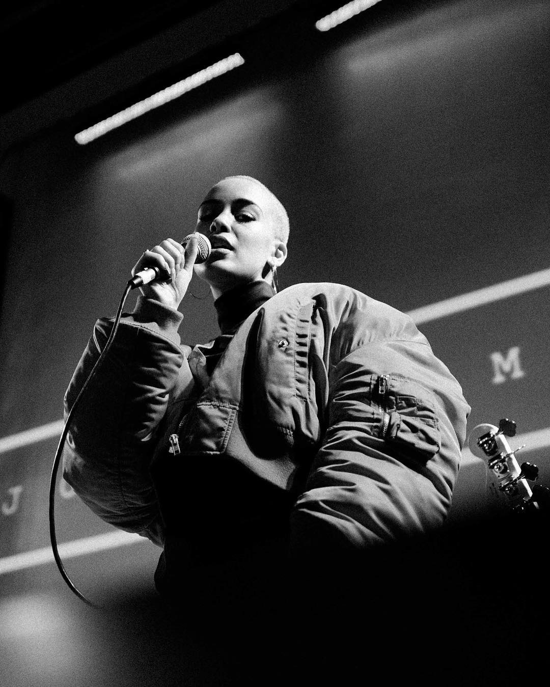 Рэпер Дрэйк начал серьезные отношения с19-летней эстрадной певицей из Британии