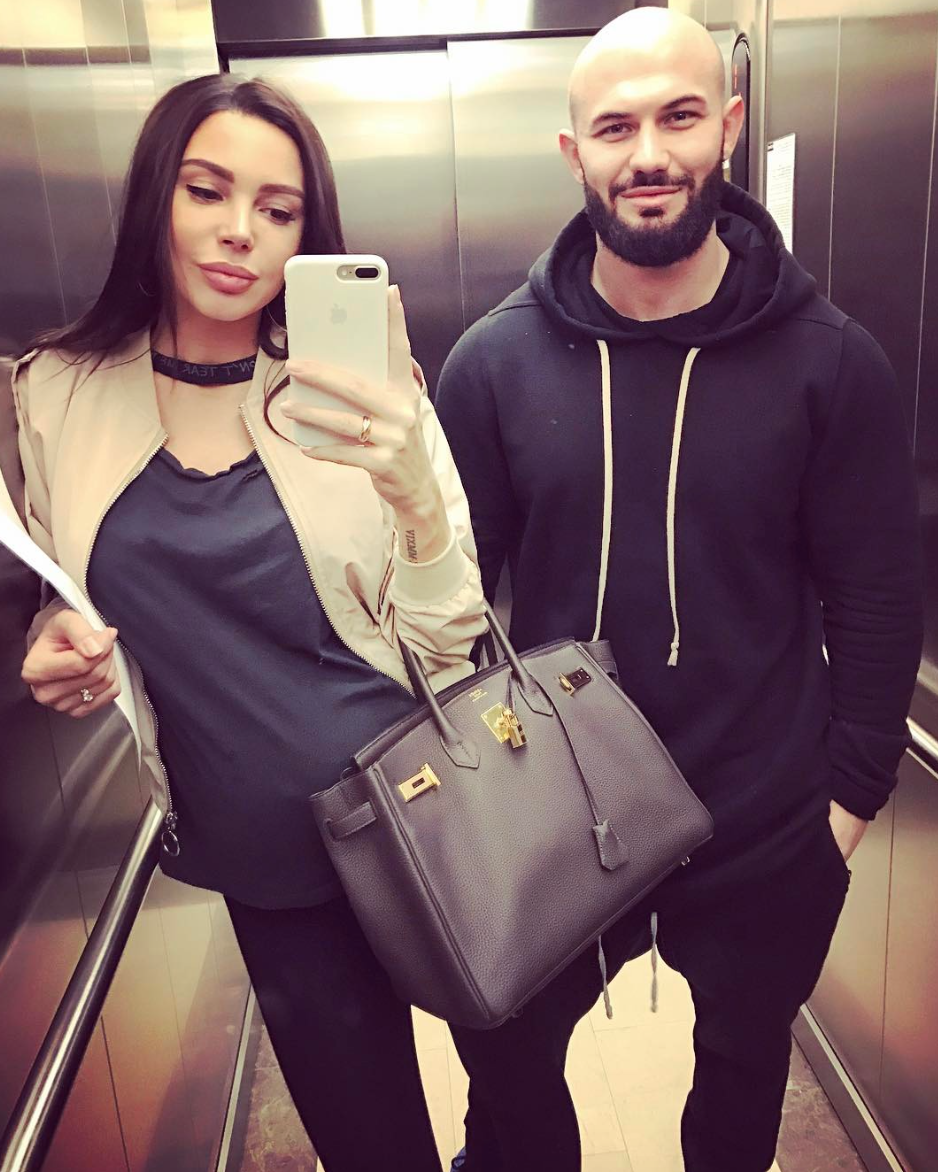 Супруга рэпера Джигана Оксана Самойлова родила 3-го ребёнка