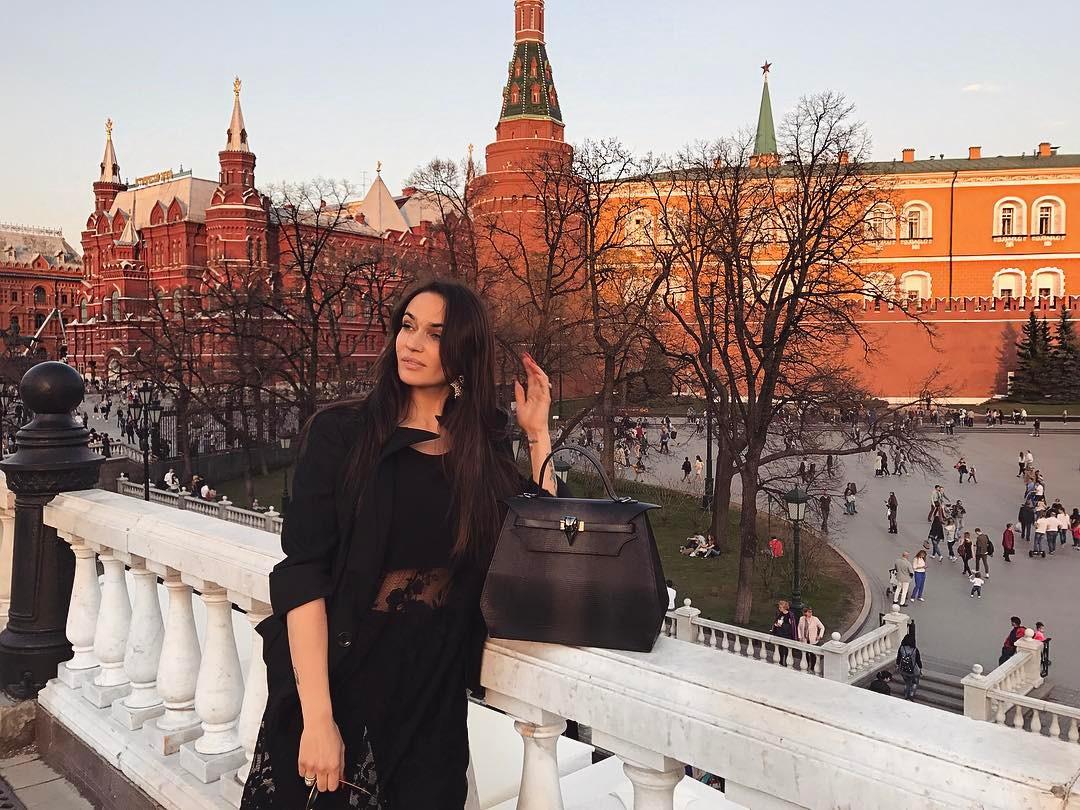 Алена Водонаева откровенно поведала осексе с дамами
