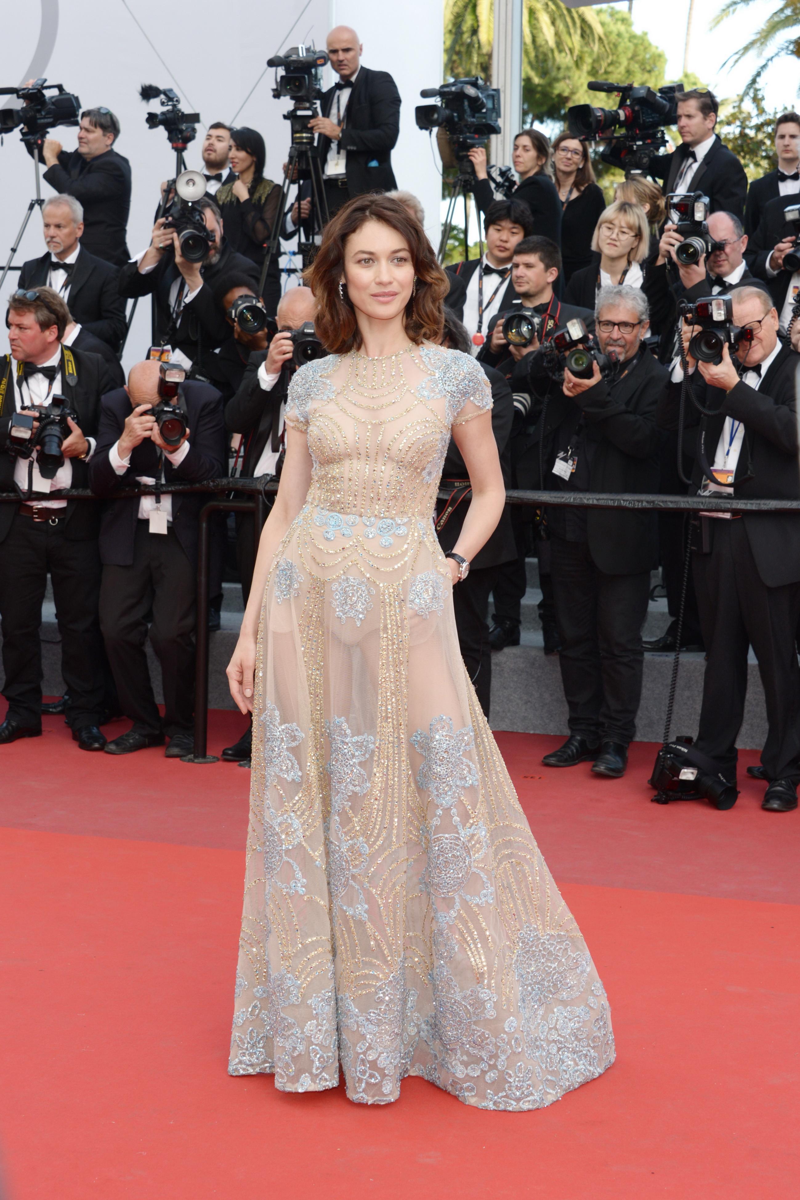 Прозрачные платья у русских актрис
