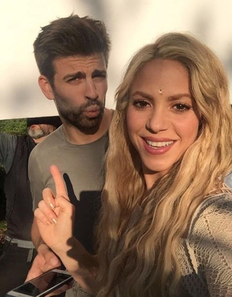 Певица Шакира изащитник «Барселоны» Пике решили-таки сыграть свадьбу