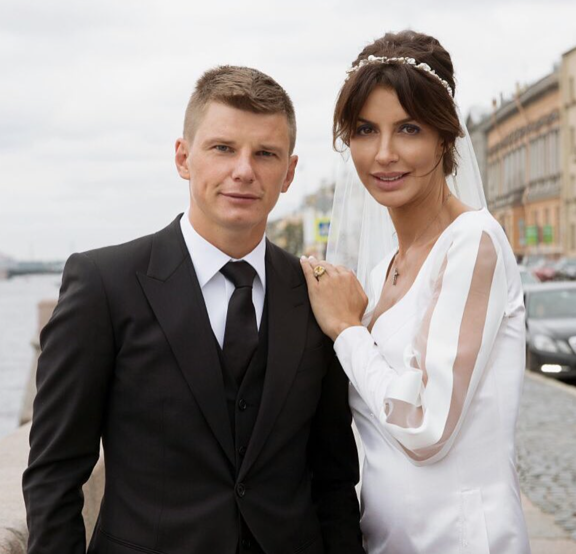 Супруга  Аршавина поведала  правду оразрыве мужа сЮлией Барановской