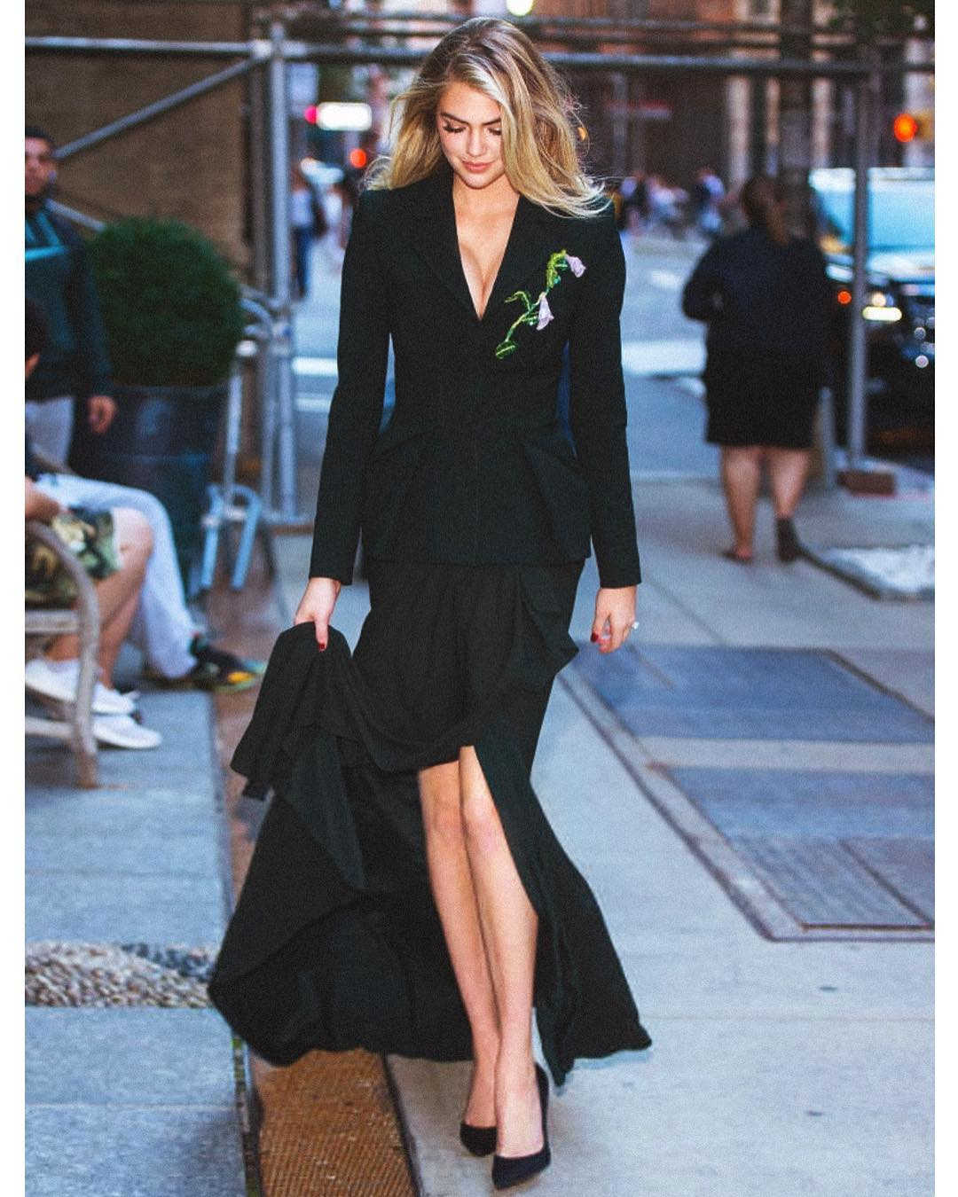Модель Кейт Аптон вышла замуж— Тайная церемония