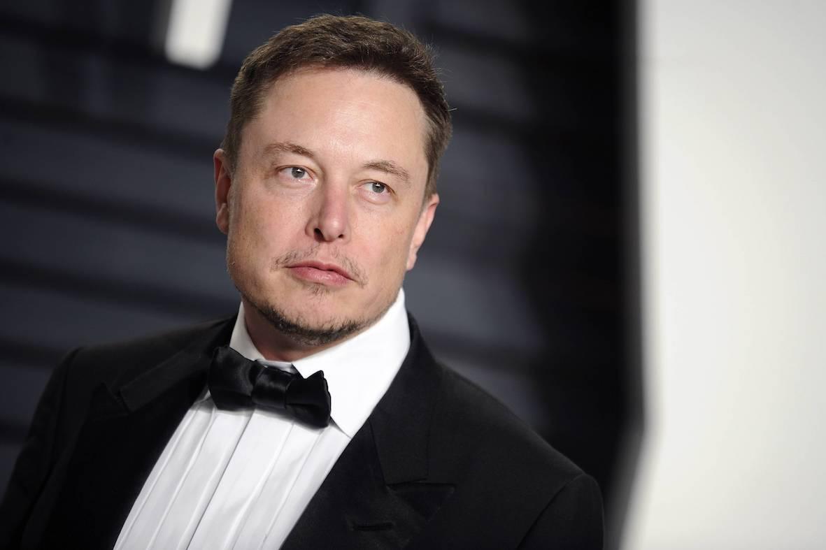 Илон Маск пообещал «вынос мозга»