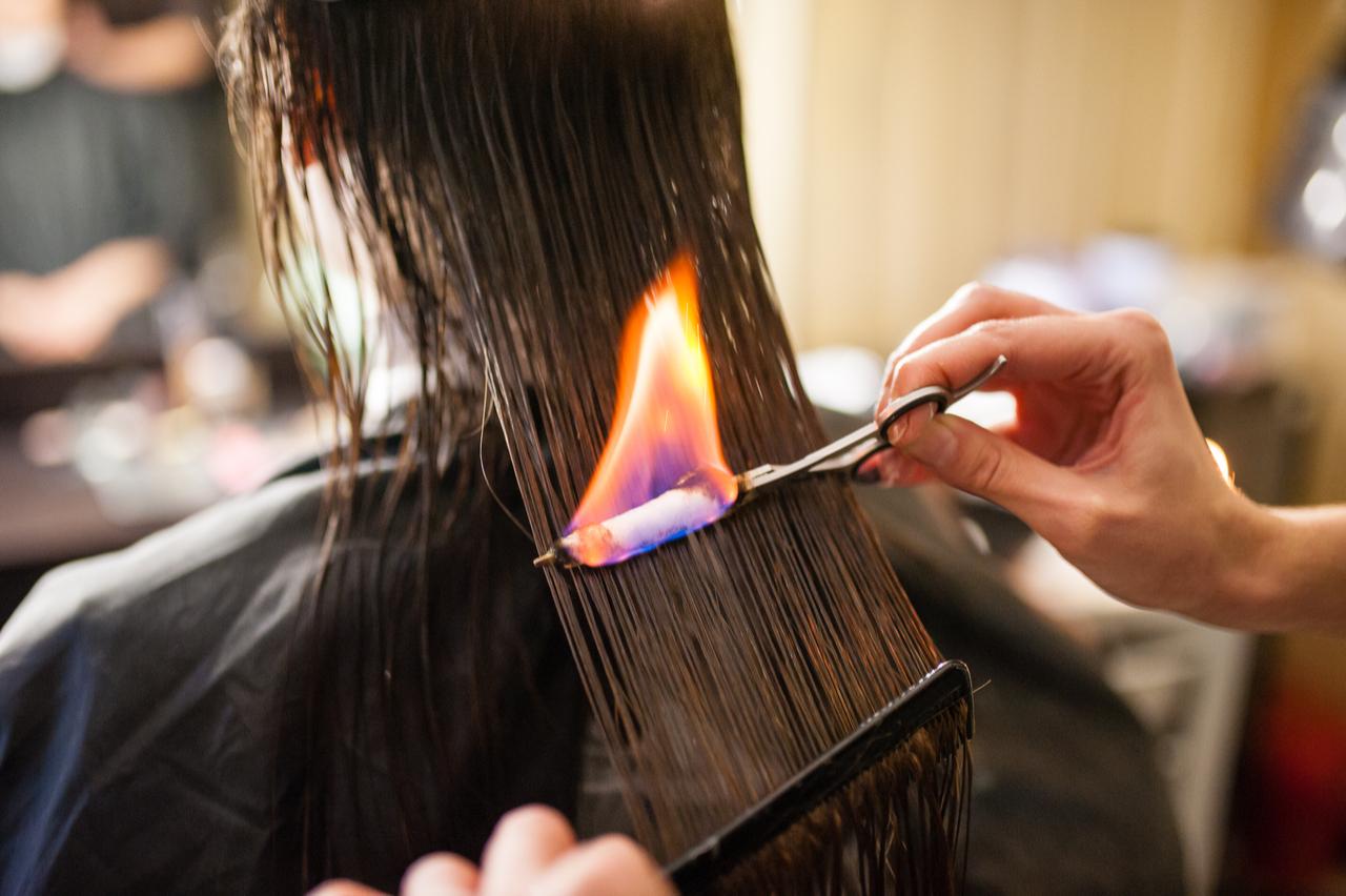 Обжиг волос огнем в домашних условиях Выполнение стрижки волос огнем