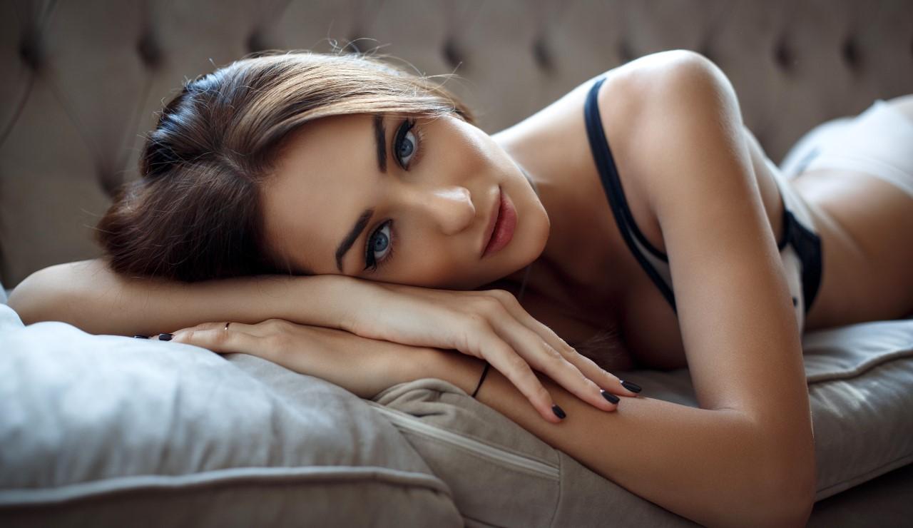 Секси модели в постели онлайн, случайные скрытые съемки порно