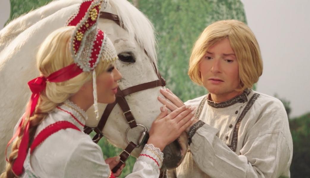Кто снимался в комедийном клипе Баскова «Караоке»