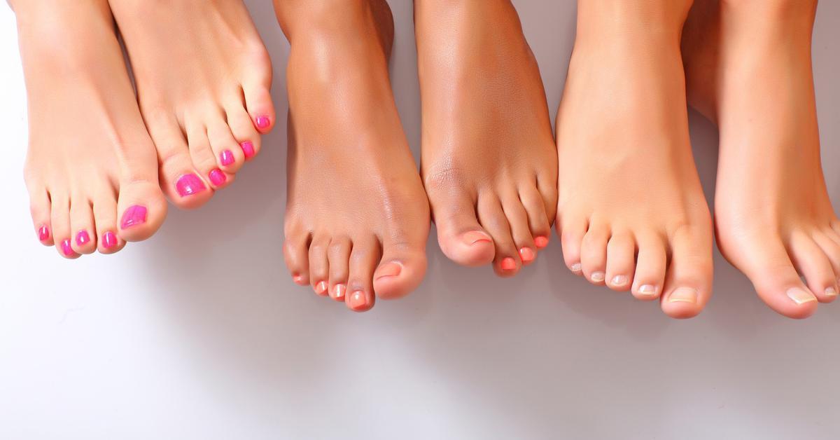Как избавиться  от запаха ног надежно и надолго