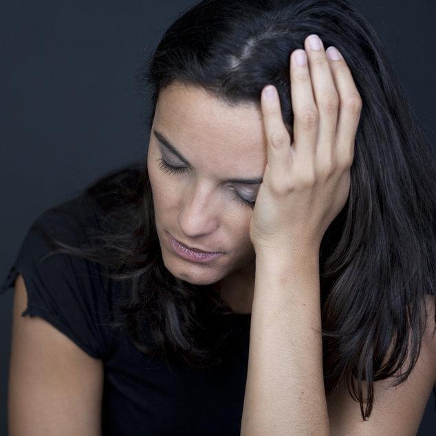 Неверные женщина в возрасте трав постели видео минет слез